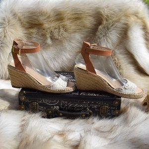 VINCE CAMUTO Espadrilles Wedge Sandal Heels Sz 7.5